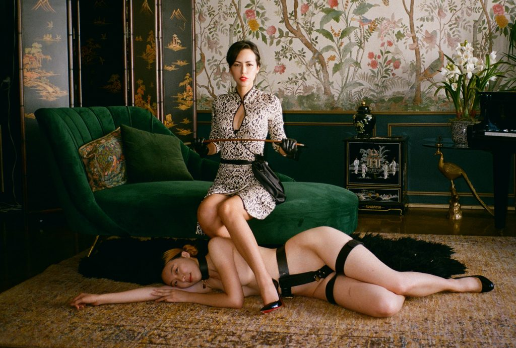 Los Angeles Mistress Iris trains her slave girl in chastity